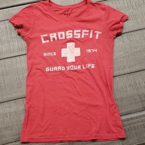 """Reebok Women/'s CrossFit /""""Guard Your Life/"""" Since 1974 Red T-Shirt"""